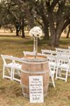 Customizable ceremony decor