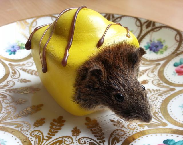 yellow+mouse+fondant
