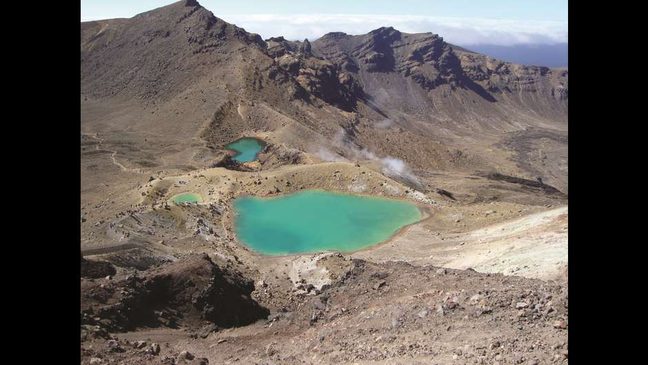 Tongariro Emerlad Lakes.jpg