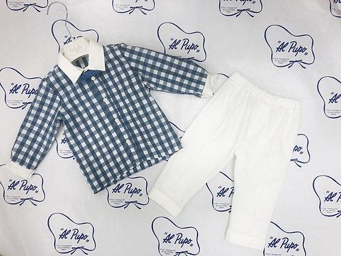 Completo elegante camicia, papillon e pantalone bianco lungo