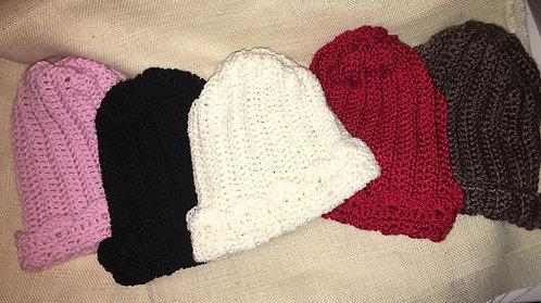 Crochet hat scalloped edging