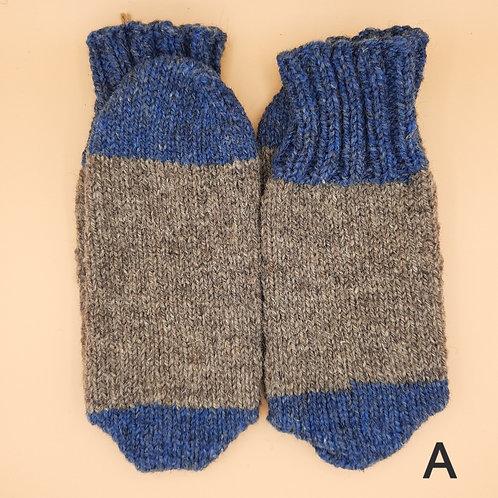 Wool Socks - Medium (7-9)