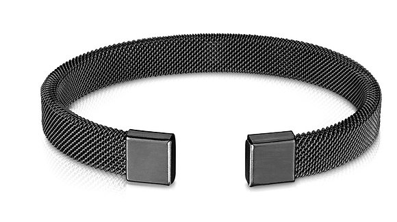 Black mesh cuff
