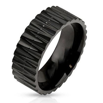Black zig zag cut ring