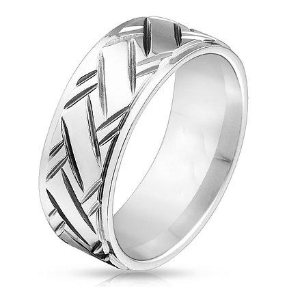 Diamond cut pattern band