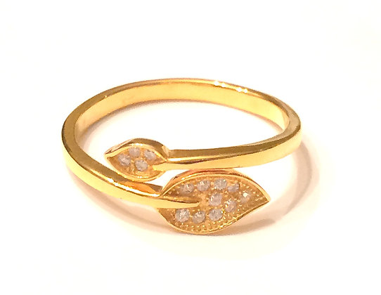 Gold leaves wrap ring