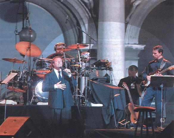 Julio Iglesias - Venice, Italy