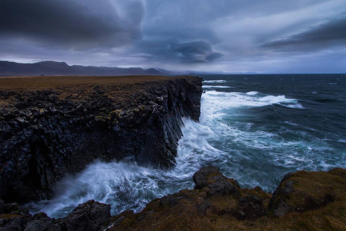 ICELANDIC COAST.jpg
