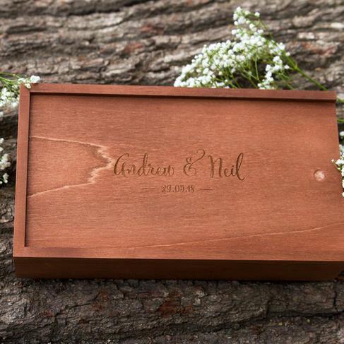 south-wales-wedding-photographer usb box closed 2