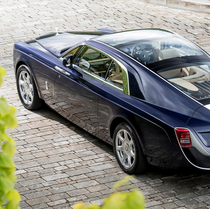 p90261439-highres-rolls-royce-sweptail-1496233043