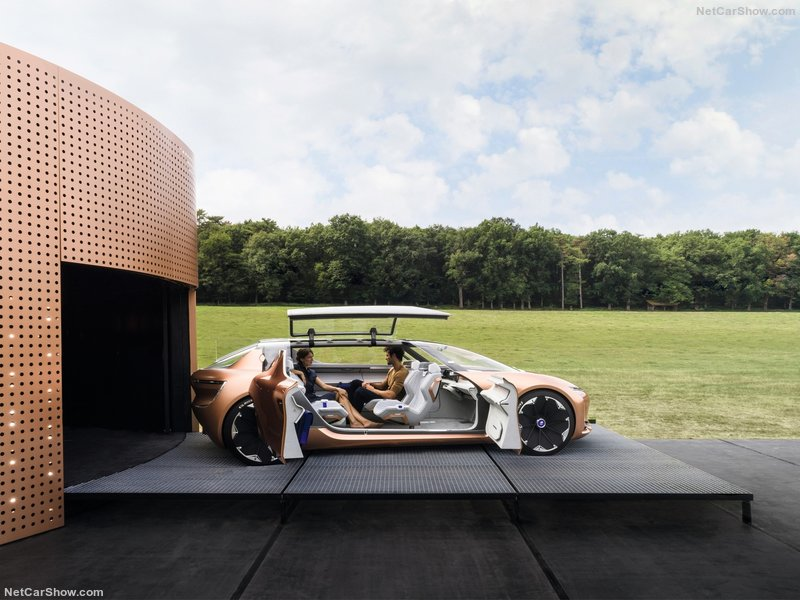 Renault-Symbioz_Concept-2017-800-13