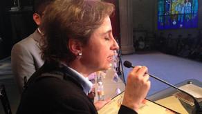Entregan Premio Nacional de Periodismo por reportaje sobre casa blanca