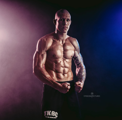 pavel sach muay thai fighter