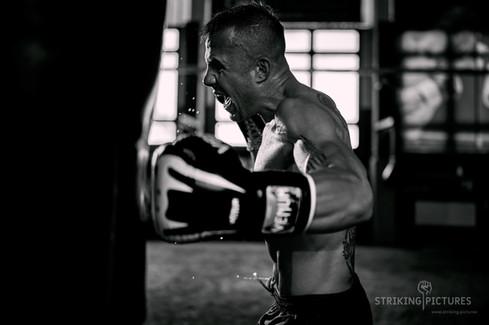 jakub kadas muay thai pro OFA gym