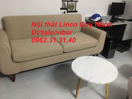 Bộ sofa băng tay dựa màu trắng kem ngà Nội thất Linco tại Ghềnh Ráng, Quy Nhơn, gần nhà hàng Sáu Cao