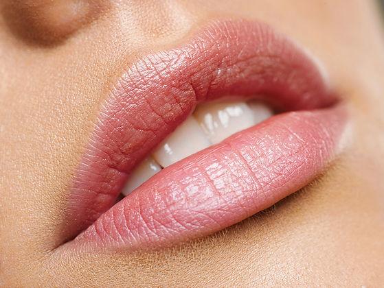 DALI studio colortune lūpų tonavimas