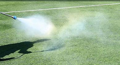 sanificazione-erba-sintetica.jpg