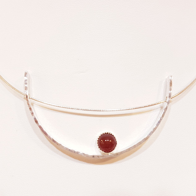 Swing Necklace with Carnelian