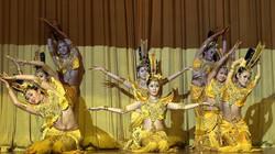 Beijing-traditional dancers - 02