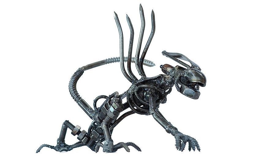 Alien Kriechend