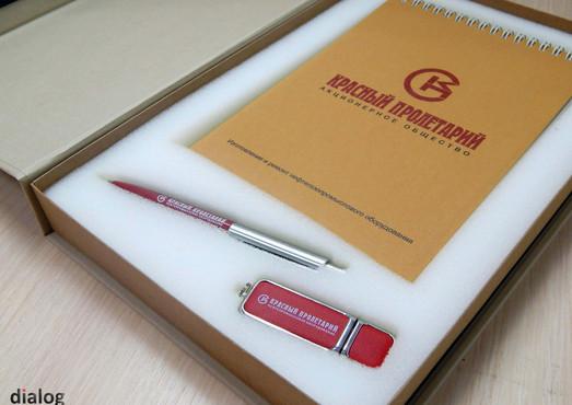 Блокнот с обложкой из дизайнерской бумаги, УФ-печатью