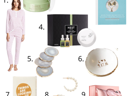 Gifts That Will Lift The Spirits Of The Bride Who Had To Postpone Her Wedding