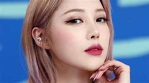charleston makeup artist 9-24-2019
