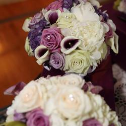 Purple ivory and green bridal bouquet #wedding #weddings #decorgalore #weddingflowers #bride #roses