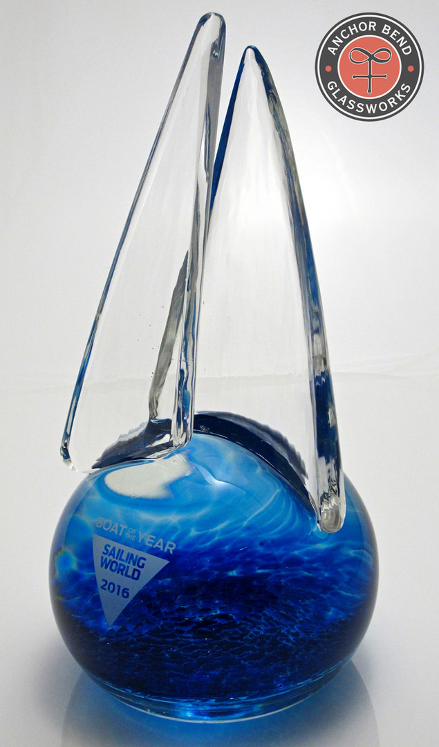boty_anchorbend_glass_trophy_engraving
