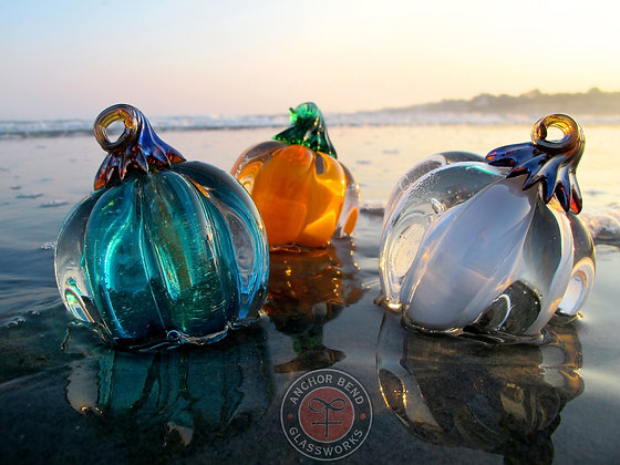 glassblowing hand made seasonal glass pumpkin gift anchor bend glassworks