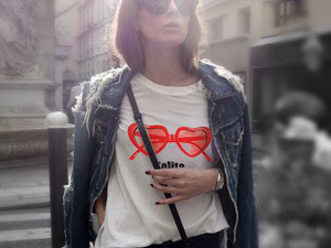 Когда и почему футболки стали модными