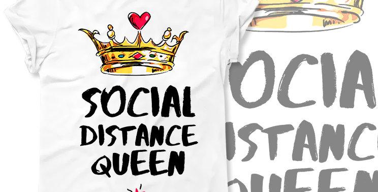 T-shirt Social Distance Queen