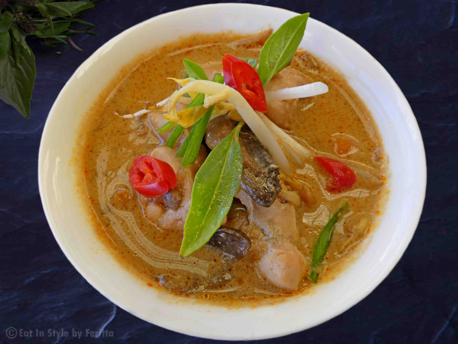 Thai Chicken Mushroom & Coconut Soup