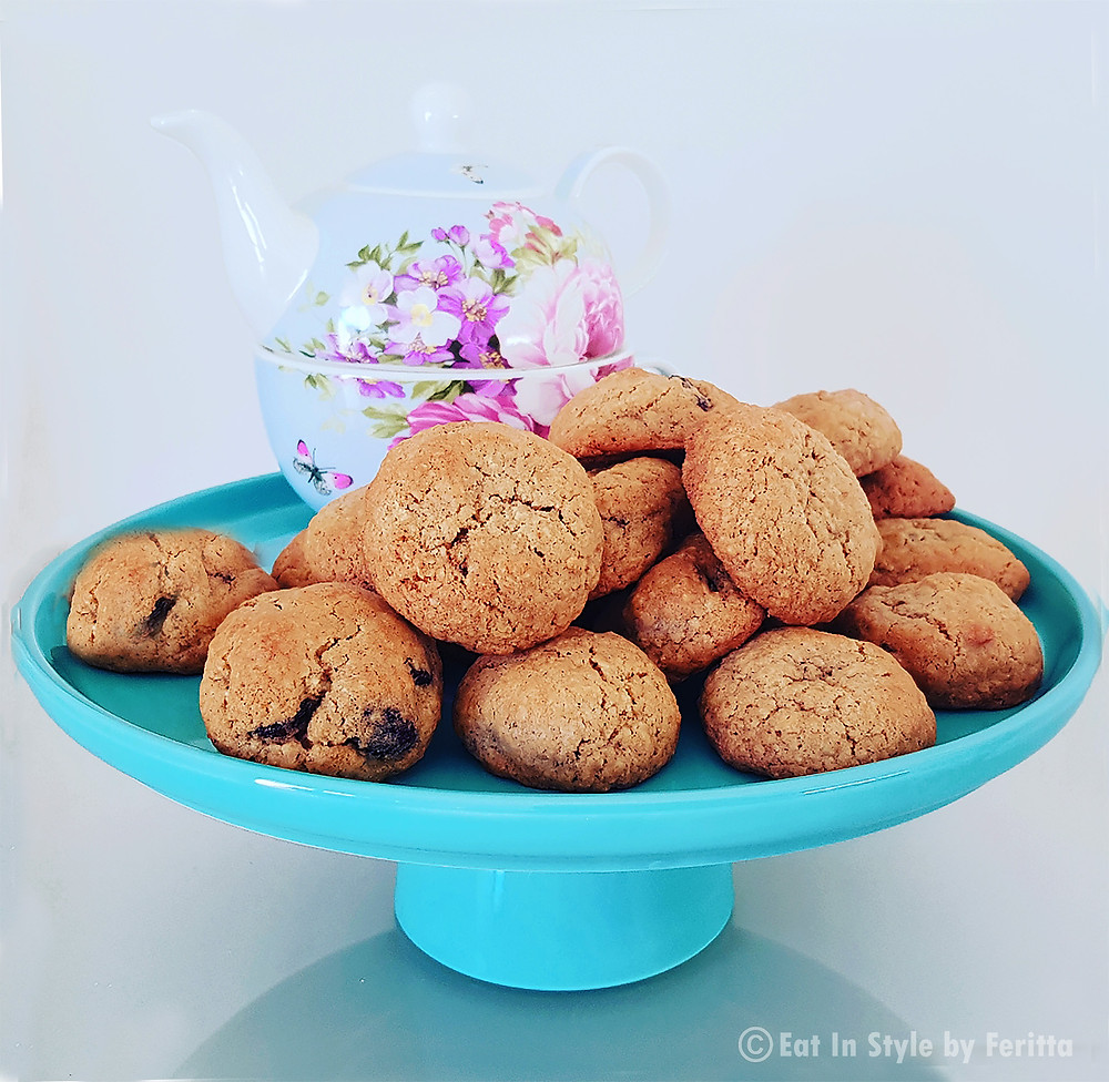 Walnut Cranberry & Oat Cookies   Eat In Style by Feritta