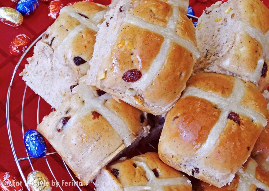 Heavenly Hot Cross Buns