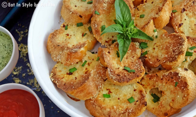 Quick Cheesy Crostini
