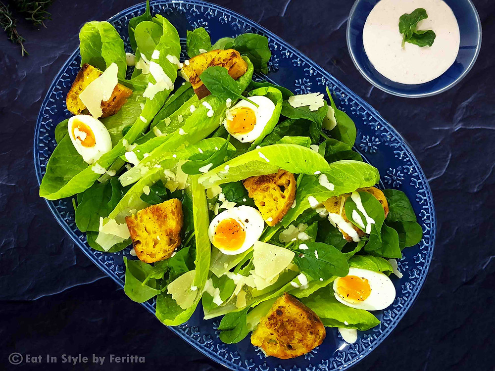 Healthy Caesar Salad with Crispy Herb Toasts | Eat In Style by Feritta