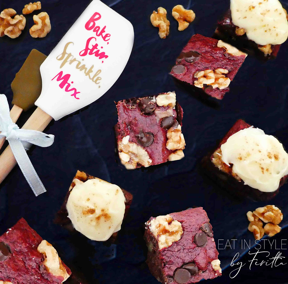 Red Velvet Brownies with Cream Cheese Frosting | Eat In Style by Feritta