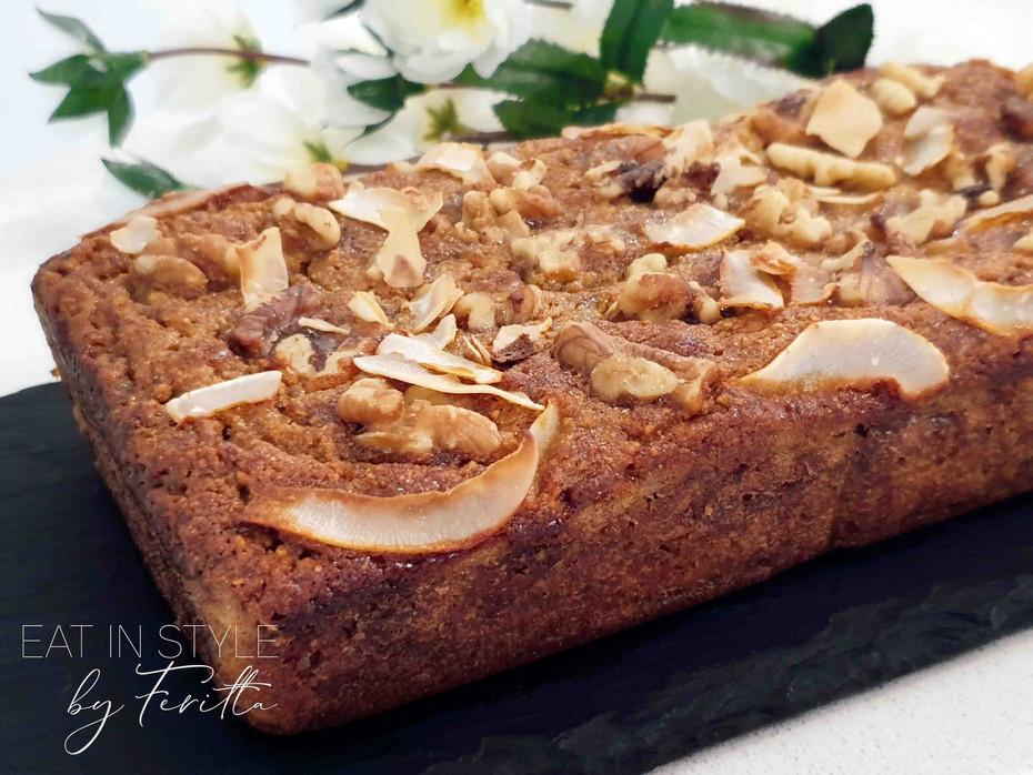 Easy One Bowl Coconut Flour Banana Cake