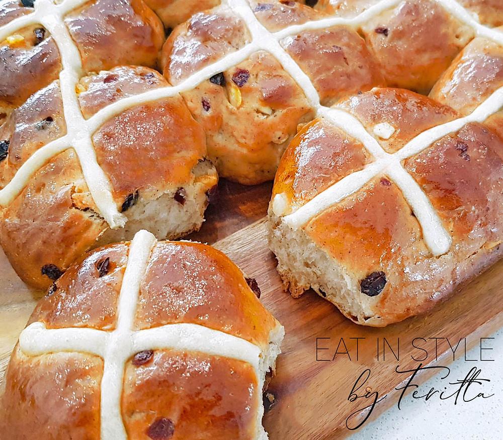 Hot Cross Buns | Eat In Style by Feritta