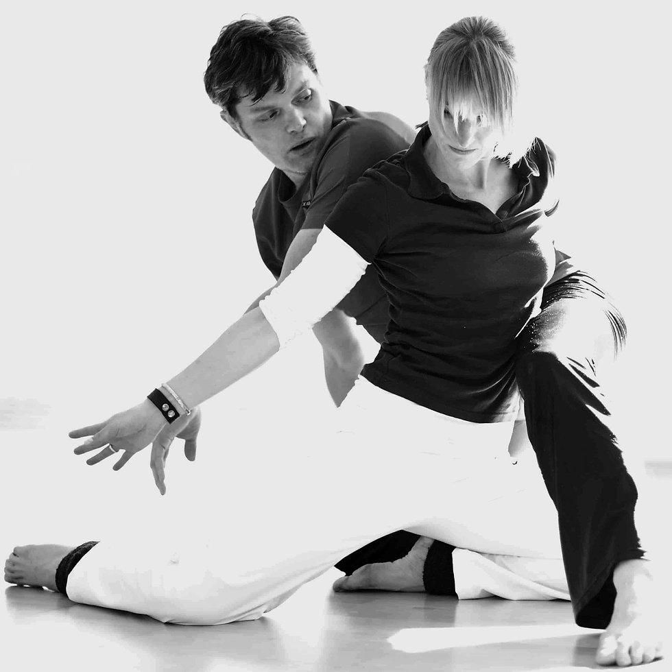Rotraut Rumbaum Mindful Motion, Paartherapie mit mit Körperwahrnehmung, Bewegung, Tanz