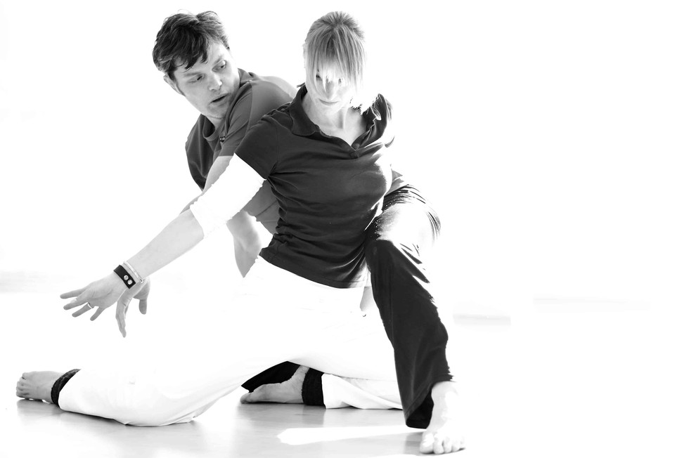 Rotraut Rumbaum Mindful Motion Tanztherapie Paare sw.jpg