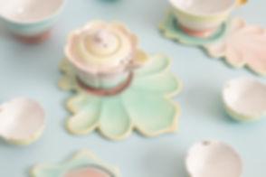 연꽃 다기세트와 커피잔세트.jpg