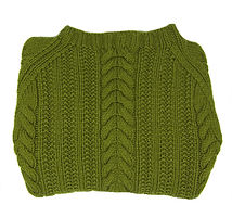 Knit green patterned sweater with crew neck, adult size