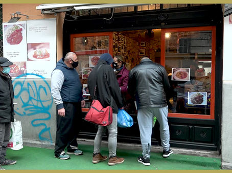 Hungry Hungarians turn to soup kitchen
