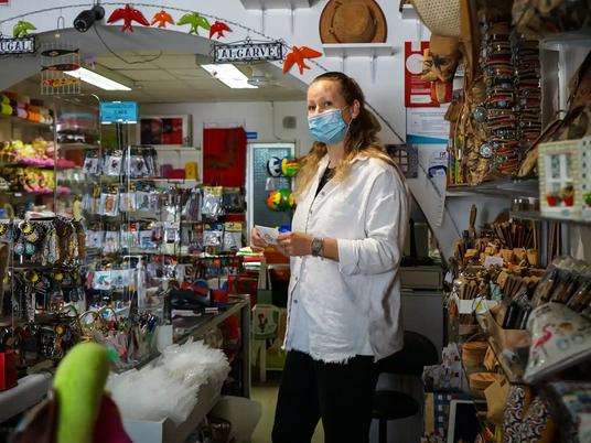 'I'm filled with hope': cash-strapped Algarve awaits return of UK tourists