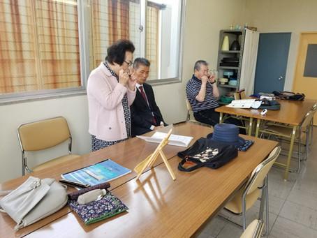【教室ウォッチ】ハーモニカ入門