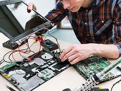 Fixing%20a%20Computer_edited.jpg