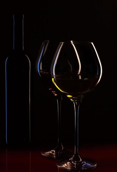 alcohol-bar-beverages-33265.jpg