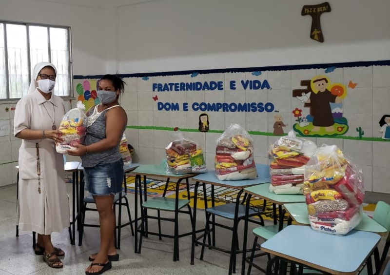 Ajuda à famílias em Aracaju